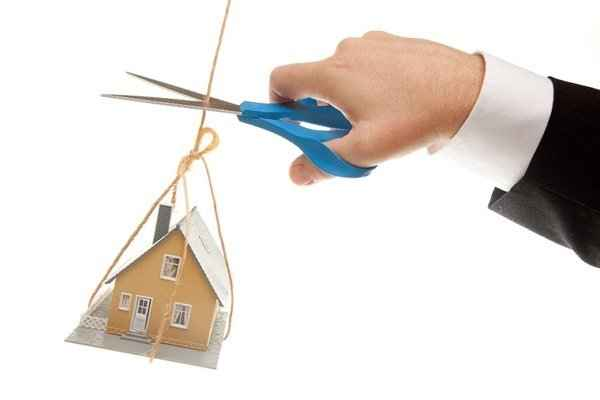 установил, можно ли продать квартиру с обременением ипотекой Выходит, они
